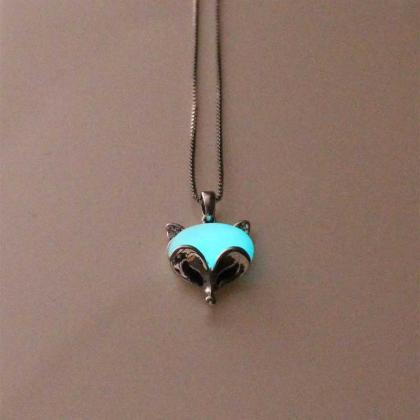 Free Shipping Fox Glowing Necklace,..